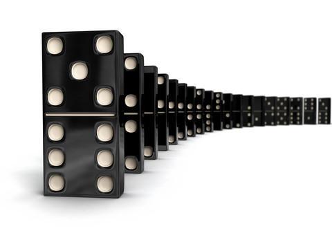 Dominoes (Illustration: Colourbox)