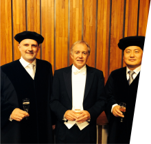 From left to right: Professor Are Magnus Bruaset, Dr. Øyvind Hjelle, Professor Xing Cai.
