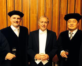 From left to right: Professor Are Magnus Bruaset, Dr. Øyvind Hjelle, Professor Xing Cai.